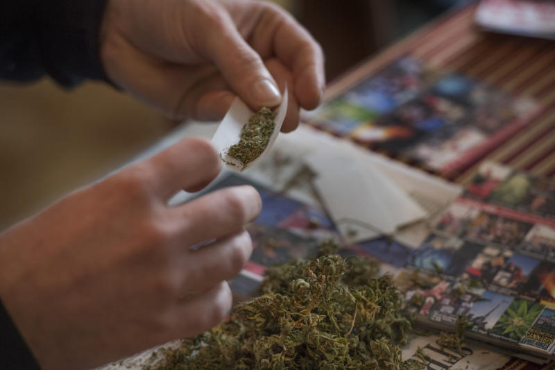 A Quarter of American Beer Drinkers Say They're Switching to Pot