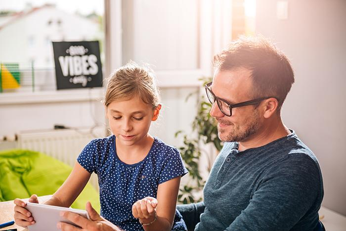A healthy father-daughter relationship makes girls less likely to engage in risky sexual behaviors later in life.