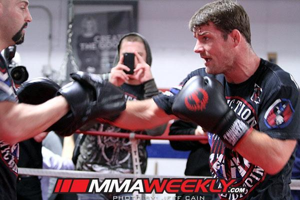 Michael Bisping Gains Clearance, Faces Tim Kennedy in TUF Nations Main Event