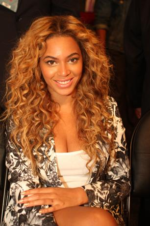 Beyonce Offers Support for Gay Marriage