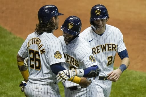 Burnes, Braun help Brewers to 5-0 win over the Royals