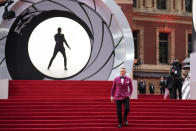Daniel Craig poses for photographers upon arrival for the World premiere of the film 'No Time To Die', in London Tuesday, Sept. 28, 2021. (AP Photo/Matt Dunham)