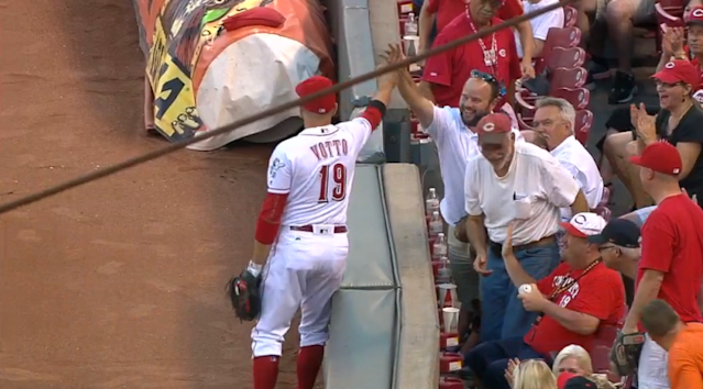 The mythical Joey Votto high five. (MLB.TV)