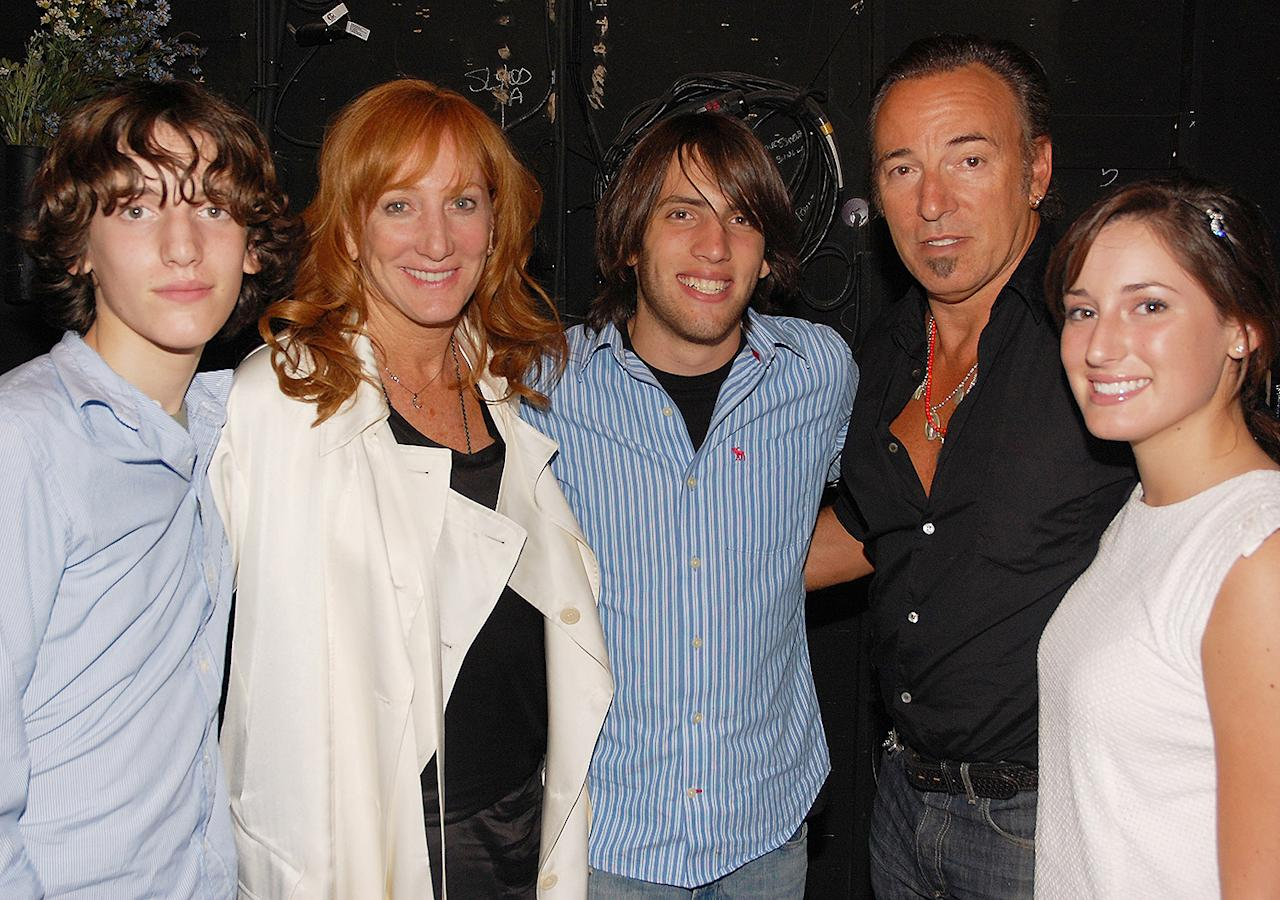 <p>The family posed for a smiling snap backstage after seeing <em>Spring Awakening</em> on Broadway in August 2008. </p>