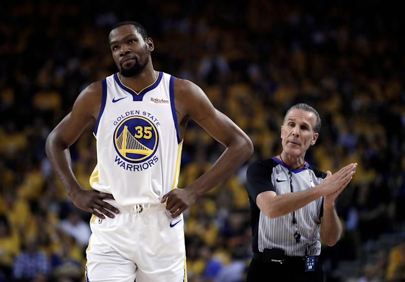 Durant heads to locker room with strained right calf