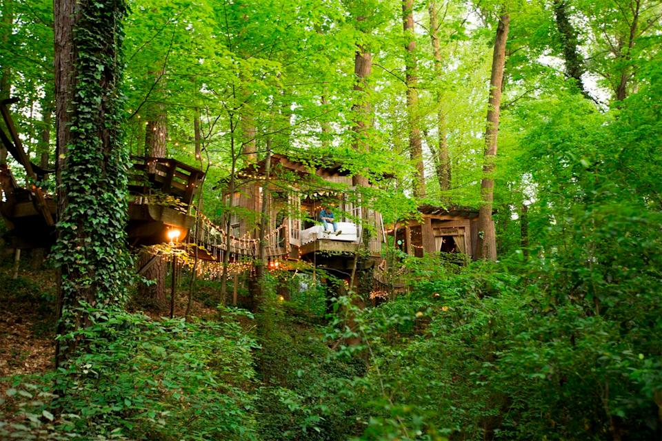 """<h2>Secluded Intown Treehouse</h2>This calming spot is a hidden gem. It's located in the middle of Atlanta, and it'll make all of your <a href=""""https://www.refinery29.com/en-us/airbnb-treehouse-rentals"""" rel=""""nofollow noopener"""" target=""""_blank"""" data-ylk=""""slk:childhood treehouse dreams"""" class=""""link rapid-noclick-resp"""">childhood treehouse dreams</a> come true. The bed even has wheels so you can roll it out onto the balcony to enjoy a night under the stars, weather permitting.<br><br><strong>Location: </strong>Atlanta, GA<br><strong>Sleeps: </strong>2<br><strong>Price Per Night: </strong>$385<br><br><strong><a href=""""https://www.airbnb.com/rooms/1415908"""" rel=""""nofollow noopener"""" target=""""_blank"""" data-ylk=""""slk:Book here"""" class=""""link rapid-noclick-resp"""">Book here</a></strong><span class=""""copyright"""">Photo: Courtesy of Airbnb.</span>"""