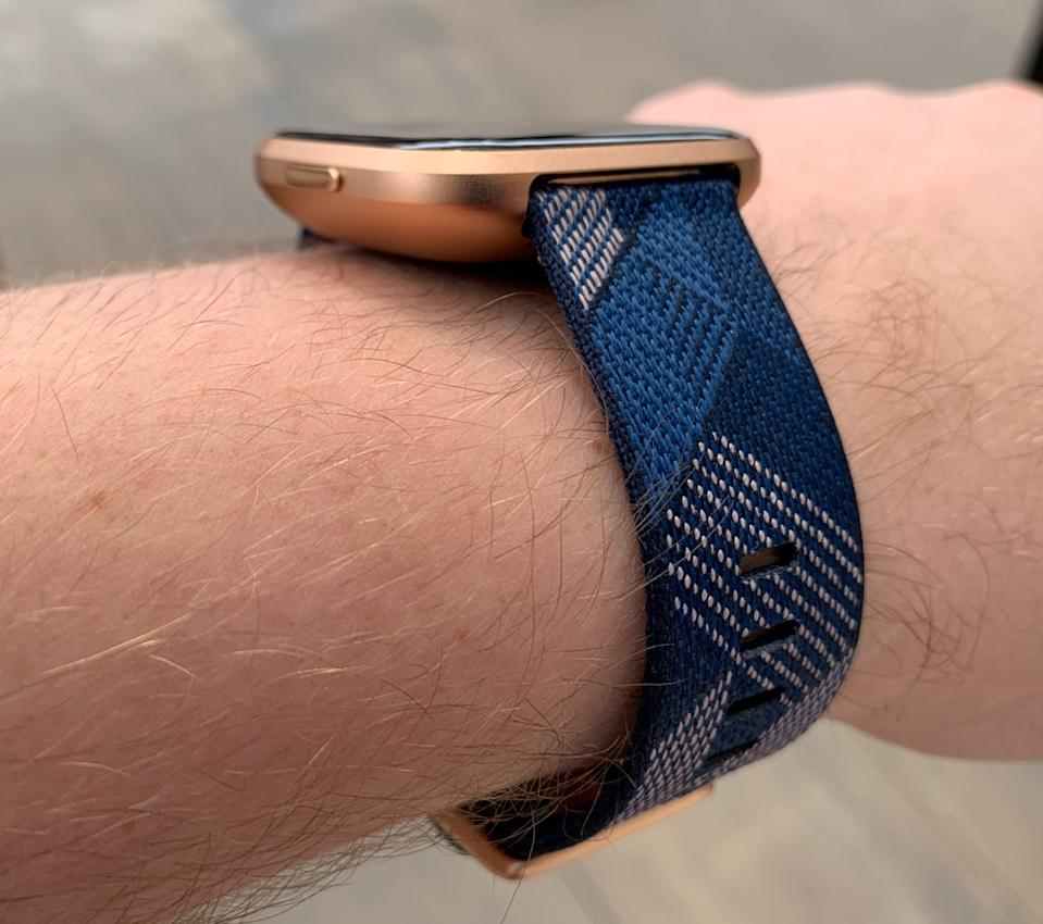 A side view of the Fitbit Versa 2. (Image: Howley)