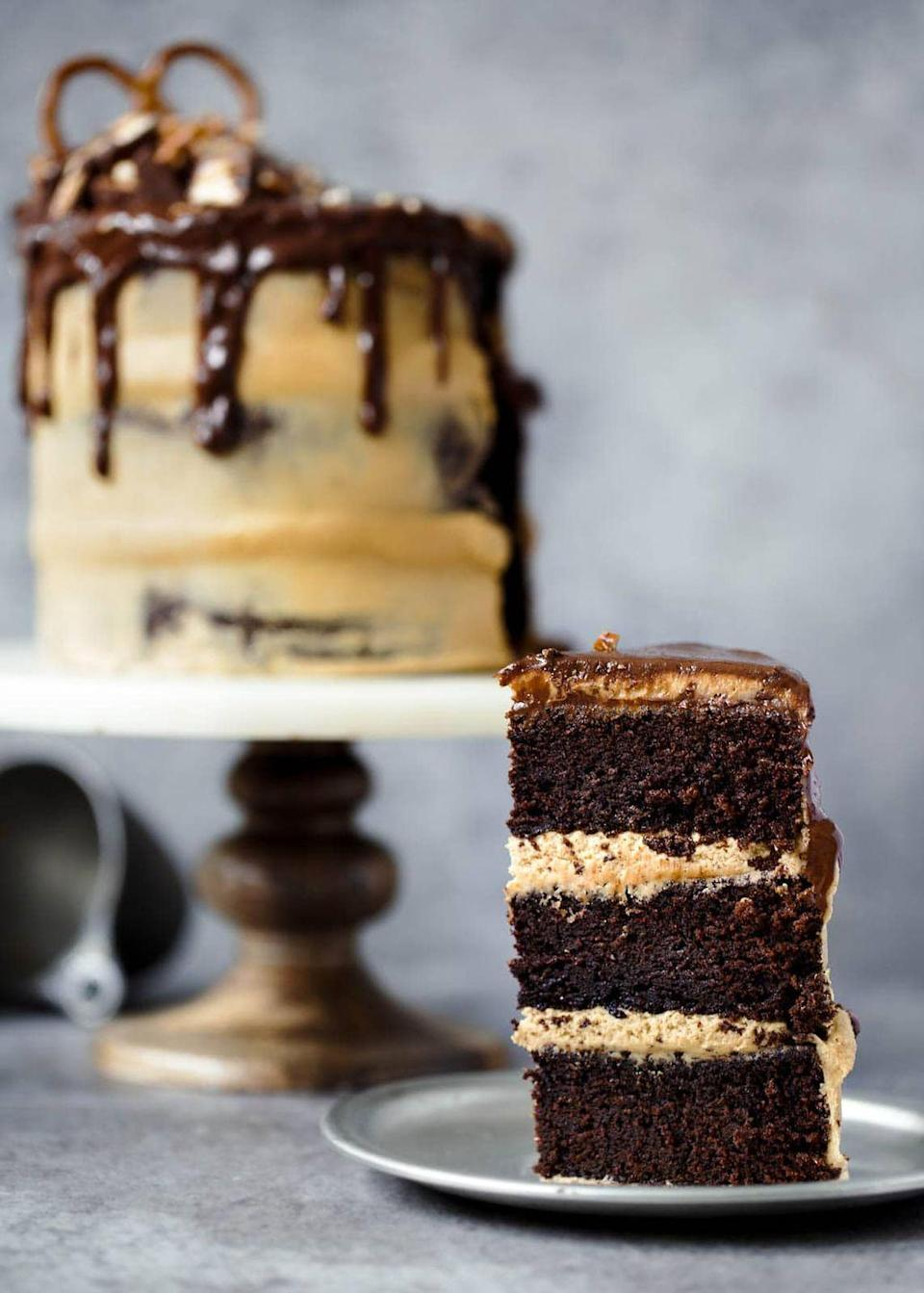 """<p>Creamy peanut butter frosting pairs deliciously with the rich chocolate stout layers of this cake.</p><p><strong>Get the recipe at <a href=""""https://bromabakery.com/peanut-butter-chocolate-stout-cake/"""" rel=""""nofollow noopener"""" target=""""_blank"""" data-ylk=""""slk:Broma Bakery"""" class=""""link rapid-noclick-resp"""">Broma Bakery</a>.</strong></p><p><strong><a class=""""link rapid-noclick-resp"""" href=""""https://go.redirectingat.com?id=74968X1596630&url=https%3A%2F%2Fwww.walmart.com%2Fsearch%2F%3Fquery%3Dcake%2Bpans&sref=https%3A%2F%2Fwww.thepioneerwoman.com%2Ffood-cooking%2Fmeals-menus%2Fg35269814%2Fst-patricks-day-desserts%2F"""" rel=""""nofollow noopener"""" target=""""_blank"""" data-ylk=""""slk:SHOP CAKE PANS"""">SHOP CAKE PANS</a><br></strong></p>"""