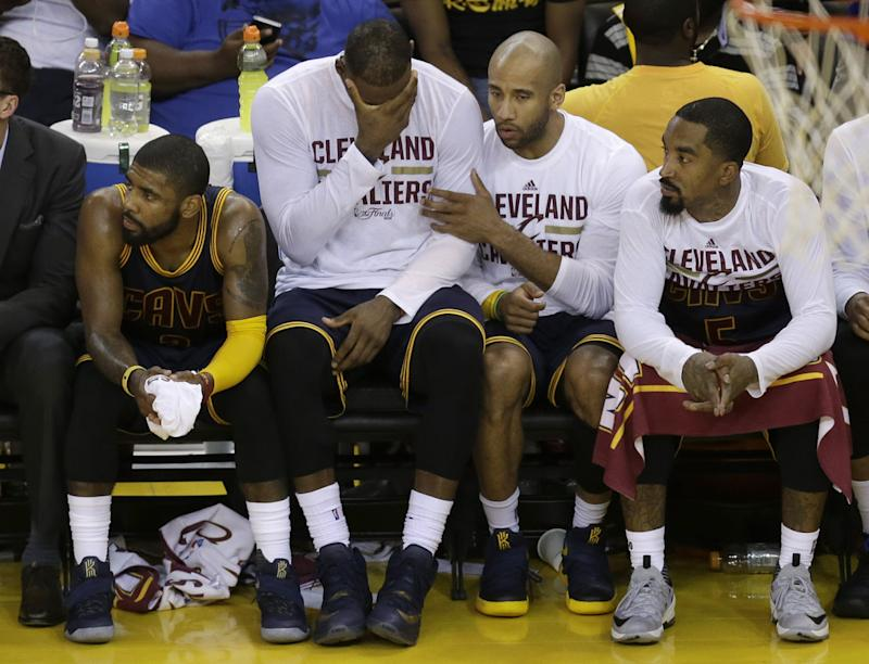 3dbc2f8ca5ea LeBron James is getting tired of paying Dahntay Jones  fines