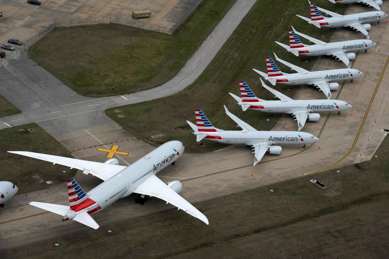 Exclusive: American Airlines to retire more jets, including vintage 737s, in coronavirus downturn