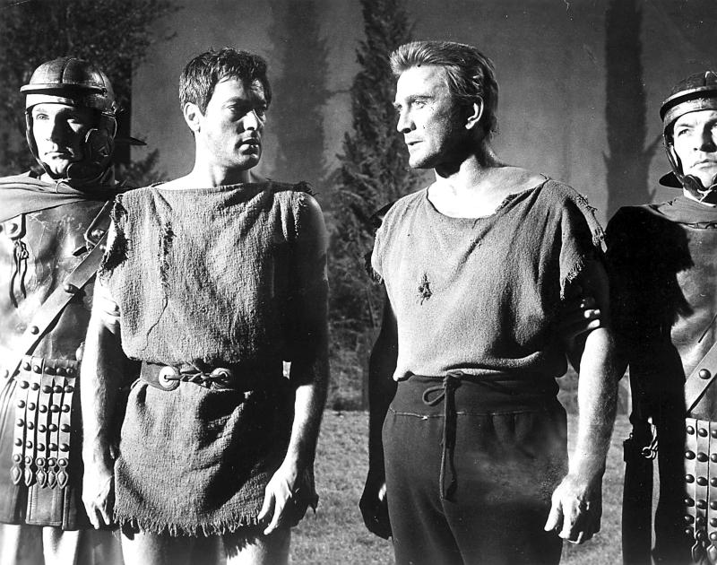 ***FILE PHOTO*** Kirk Douglas Has Passed Away At 103 Years Of Age. TONY CURTIS AND KIRK DOUGLAS IN SPARTACUS.1960. Credit: SMPGlobe Photos / MediaPunch. /IPX
