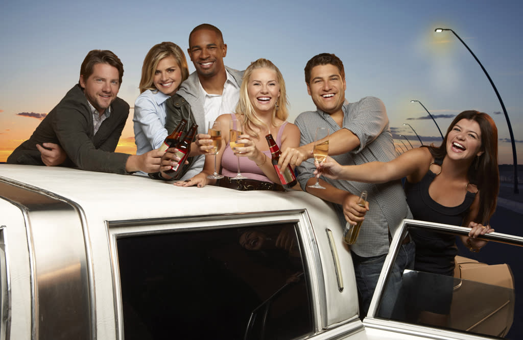 "<b>""Happy Endings"" (ABC)</b>"