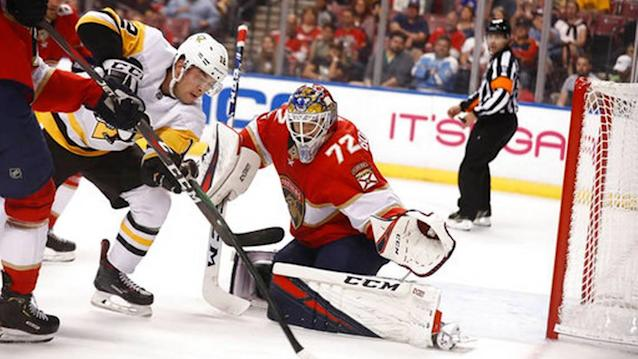 Huberdeau leads Panthers over Penguins, 4-2