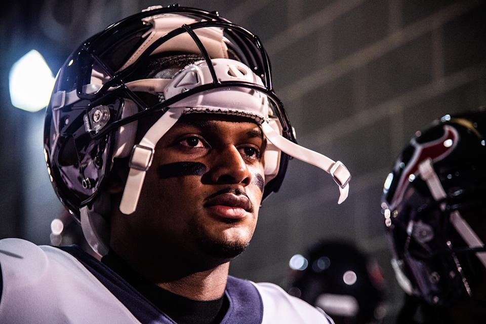 EAST RUTHERFORD, NJ - DECEMBER 15:  Deshaun Watson #4 of the Houston Texans waits to take the field before the game against the New York Jets at MetLife Stadium on December 15, 2018 in East Rutherford, New Jersey. (Photo by Mark Brown/Getty Images)
