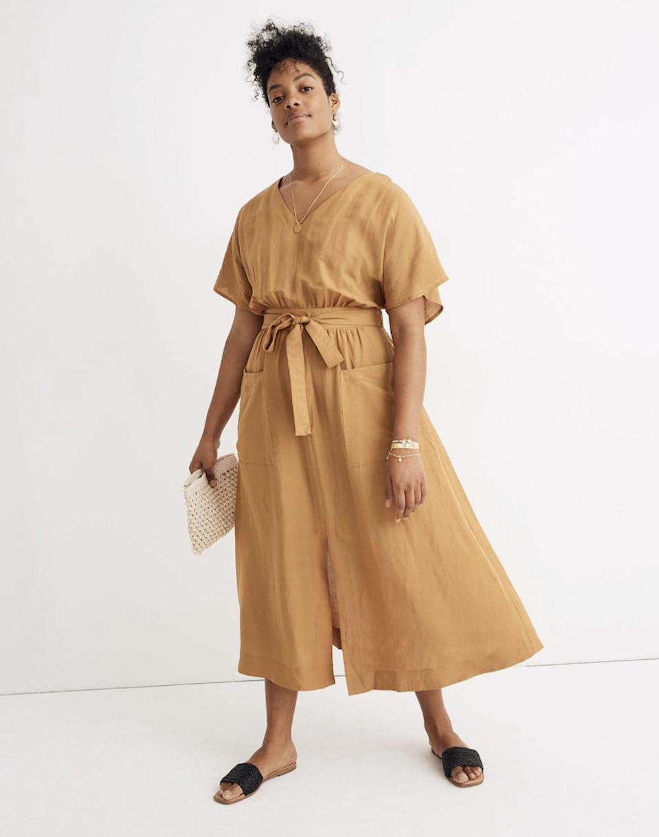 <p>We love that this <span>Madewell Linen-Blend Dolman-Sleeve Tie-Waist Midi Dress</span> ($138) has pockets.</p>