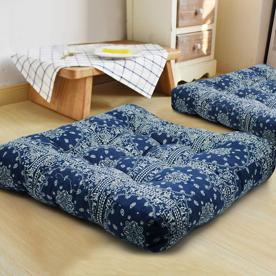"<h2>39% Off Cotton Linen Floor Pillows</h2><br>This popular no-name brand for meditation pillows and floor seating is exactly the 10-minute break you need from your ""office.""<br><br><strong>Higo Gogo</strong> Cotton Linen Floor Pillow, $, available at <a href=""https://amzn.to/3lq8FJG"" rel=""nofollow noopener"" target=""_blank"" data-ylk=""slk:Amazon"" class=""link rapid-noclick-resp"">Amazon</a>"