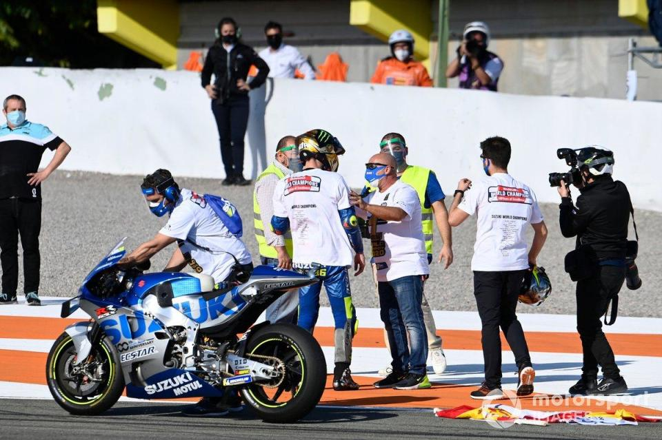 "Joan Mir, Team Suzuki MotoGP devient champion du monde<span class=""copyright"">Gold and Goose / Motorsport Images</span>"