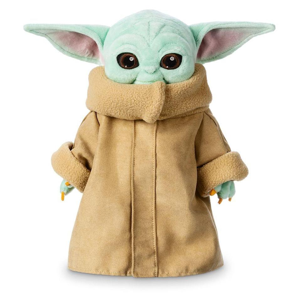 """<p>shopdisney.com</p><p><strong>$24.99</strong></p><p><a href=""""https://go.redirectingat.com?id=74968X1596630&url=https%3A%2F%2Fwww.shopdisney.com%2Fthe-child-plush-star-wars-the-mandalorian-small-11-412319525875.html&sref=https%3A%2F%2Fwww.delish.com%2Fkitchen-tools%2Fcookware-reviews%2Fg29568867%2Fstar-wars-gifts%2F"""" rel=""""nofollow noopener"""" target=""""_blank"""" data-ylk=""""slk:BUY NOW"""" class=""""link rapid-noclick-resp"""">BUY NOW</a></p><p>Arguably the cutest plush in the universe. </p>"""