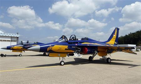 T-50i advanced jet trainers are seen at the headquarters of the Korea Aerospace Industries (KAI) in Sacheon, about 440 km (273 miles) southeast of Seoul August 14, 2013. REUTERS/Lee Jae-Won