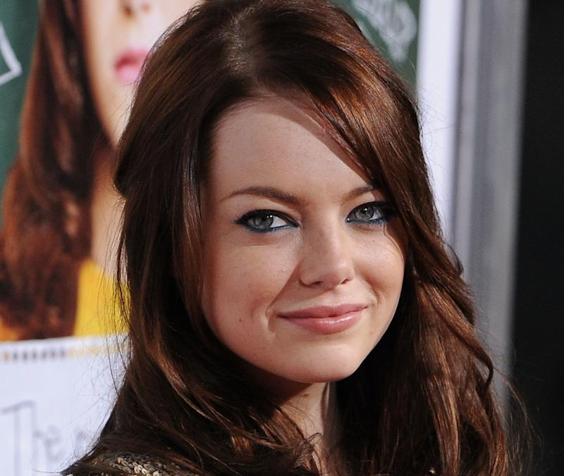"""Emma Stone arrives at the Los Angeles """"Easy A"""" premiere."""