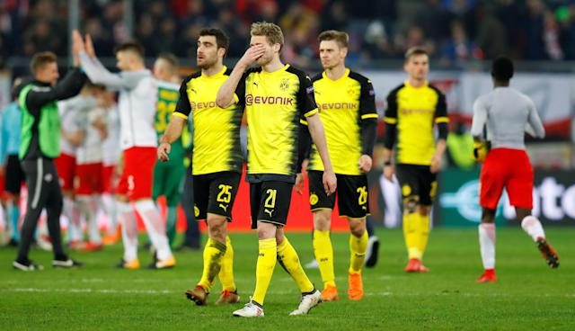 Soccer Football - Europa League Round of 16 Second Leg - RB Salzburg vs Borussia Dortmund - Red Bull Arena Salzburg, Salzburg, Austria - March 15, 2018 Borussia Dortmund's Andre Schurrle looks dejected after the match REUTERS/Leonhard Foeger