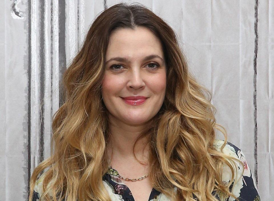 """Drew Barrymore Said Her Dating App Experience Was a """"Car Wreck"""""""