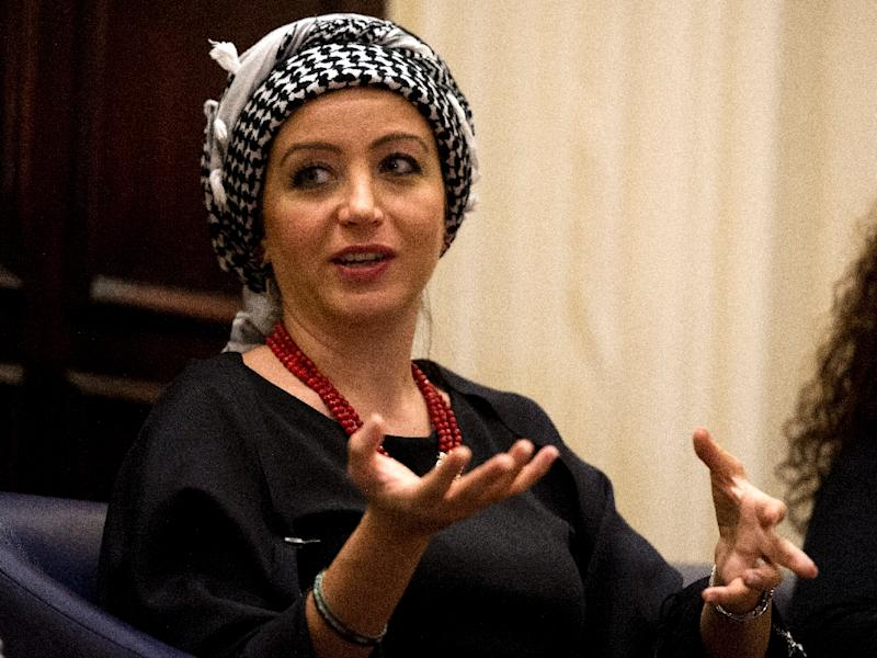 Syrian journalist Zaina Erhaim takes part in a panel discussion after receiving the 2015 Peter Mackler award at the National Press Club in Washington, DC on October 22, 2015 (AFP Photo/Andrew Caballero-Reynolds)