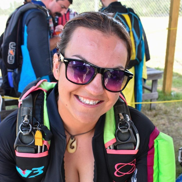 "Amie Begg, a 33-year-old skydiving instructor in South Carolina, died on Sunday while on a group jump. Begg posted this photo on her Instagram last month with the caption: ""Do what makes you smile, that's what life is all about."" (Photo: Instagram, @adventureamie)"