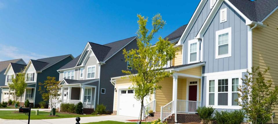 Mortgage rates stick close to all-time lows as refinance fee officially ends