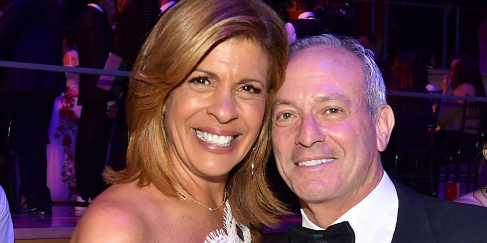 """""""Today"""" Star Hoda Kotb Reveals How Her Fiancé Really Feels About Her Constant Clutter"""
