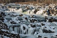 """<p>The falls are indeed great in this McLean, Virginia, <a href=""""https://www.tripadvisor.com/Attraction_Review-g60726-d285884-Reviews-Great_Falls_Park-McLean_Fairfax_County_Virginia.html"""" rel=""""nofollow noopener"""" target=""""_blank"""" data-ylk=""""slk:national park"""" class=""""link rapid-noclick-resp"""">national park</a>. Situated only 15 miles from Washington, D.C., you'll be able to view the mighty, rocky falls as they build up along the Potomac River.</p><p><br><a class=""""link rapid-noclick-resp"""" href=""""https://go.redirectingat.com?id=74968X1596630&url=https%3A%2F%2Fwww.tripadvisor.com%2FAttraction_Review-g60726-d285884-Reviews-Great_Falls_Park-McLean_Fairfax_County_Virginia.html&sref=https%3A%2F%2Fwww.countryliving.com%2Flife%2Ftravel%2Fg24487731%2Fbest-hikes-in-the-us%2F"""" rel=""""nofollow noopener"""" target=""""_blank"""" data-ylk=""""slk:PLAN YOUR HIKE"""">PLAN YOUR HIKE</a></p>"""
