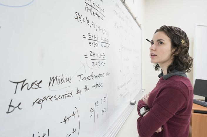 "<span class=""caption"">Computer algorithms can involve complicated math, but the concept of an algorithm is simple.</span> <span class=""attribution""><a class=""link rapid-noclick-resp"" href=""https://www.gettyimages.com/detail/photo/caucasian-college-student-reading-whiteboard-royalty-free-image/643999299?adppopup=true"" rel=""nofollow noopener"" target=""_blank"" data-ylk=""slk:Hill Street Studios/DigitalVision via Getty Images"">Hill Street Studios/DigitalVision via Getty Images</a></span>"
