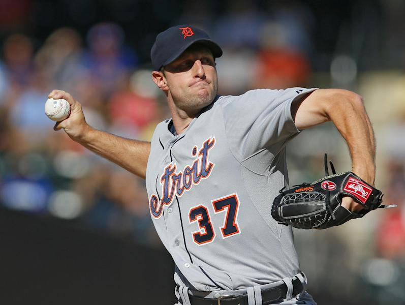 Detroit Tigers starting pitcher Max Scherzer (37) throws in the first inning of a baseball game against the New York Mets in New York, Saturday, Aug. 24, 2013. (AP Photo/Paul J. Bereswill)