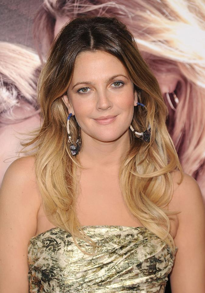 "<a href=""http://movies.yahoo.com/movie/contributor/1800016287"">Drew Barrymore</a> at the Los Angeles premiere of <a href=""http://movies.yahoo.com/movie/1810105852/info"">Going the Distance</a> - 08/23/2010"