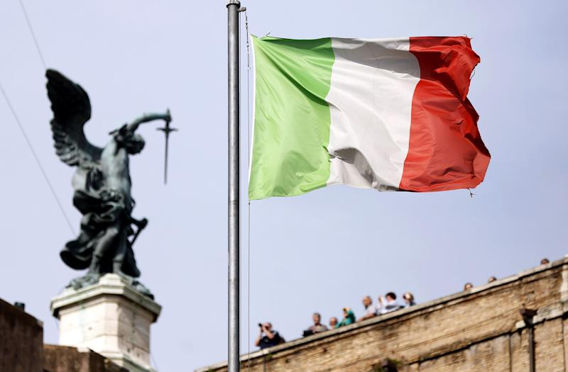 Italy Sees No Critical Budget Issue, Cash in Line With Forecast