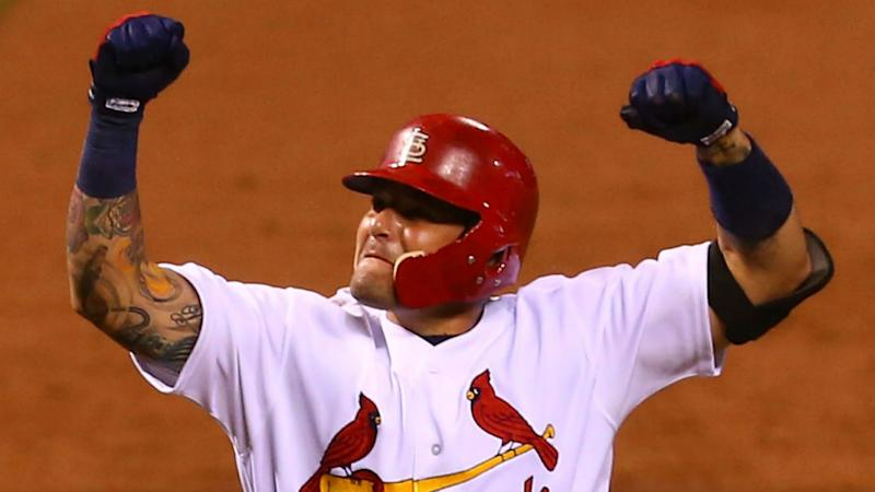 Yadier Molina, Cardinals beat the clock on reported three-year extension