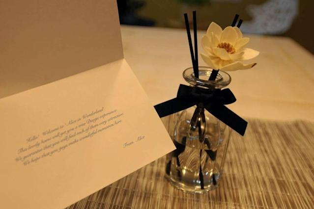 "<p>The <em>Alice in Wonderland</em> experience starts with a welcome note from ""Alice"" herself. (Airbnb) </p>"