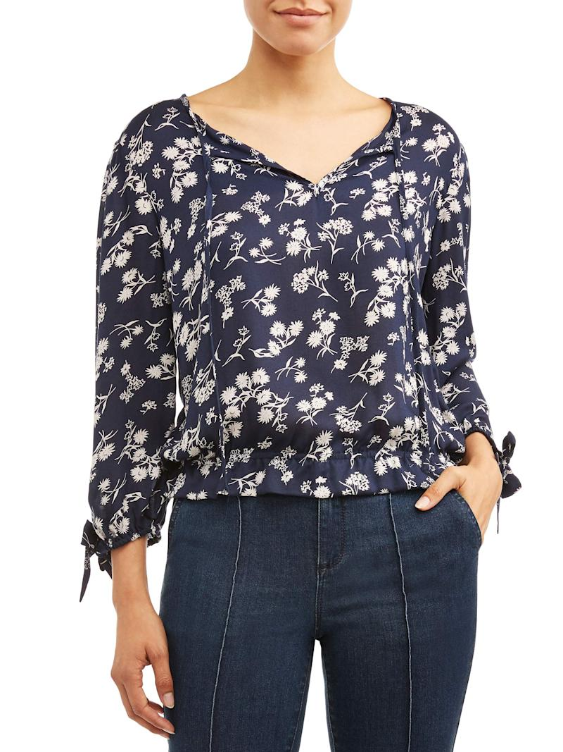 You can easily wear this versatile top to work and on the weekend. (Photo: Walmart)