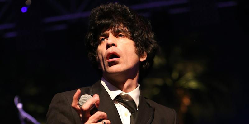 """Ian Svenonius Publishes and Deletes Post About Being """"Completely Inappropriate to Women"""""""
