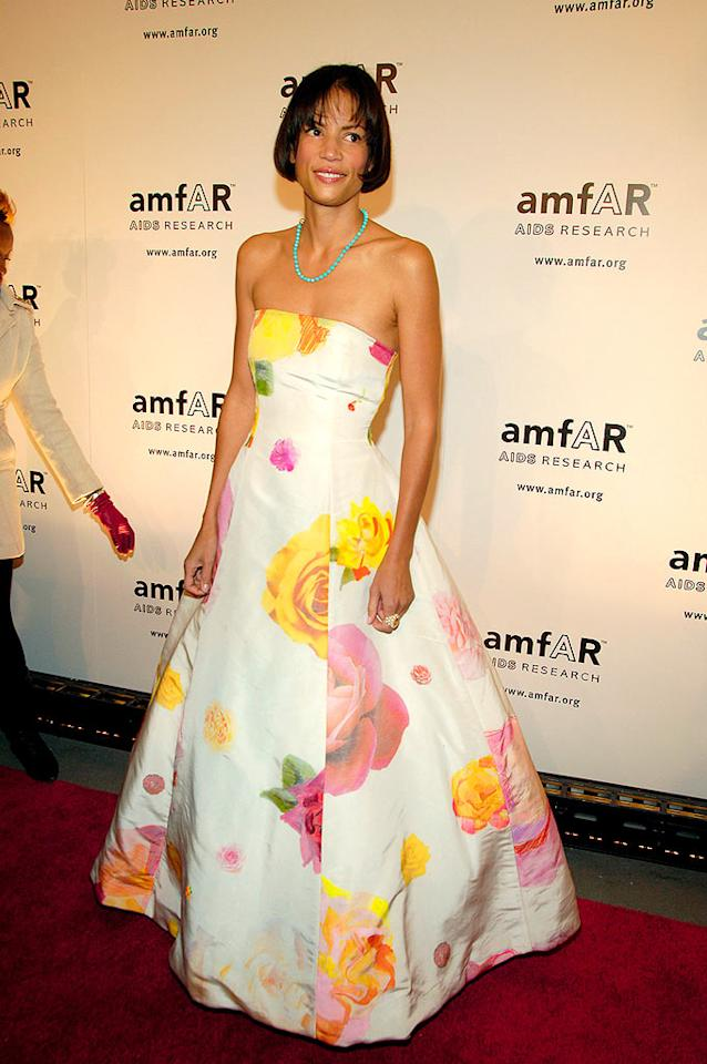 "Supermodel Veronica Webb sports the coif of the season -- the ""Saleisha"" -- and a blooming floral print gown. Gary Gershoff/<a href=""http://www.wireimage.com"" target=""new"">WireImage.com</a> - January 31, 2008"