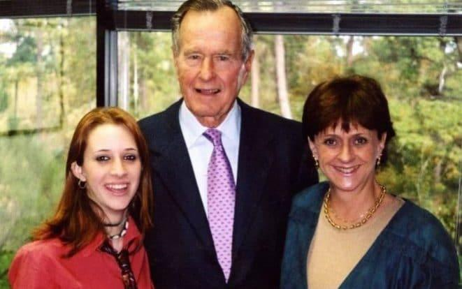 Roslyn Corrigan, president George HW Bush and Sari Young at the November 2003 event - Courtesy Corrigan Family/Time
