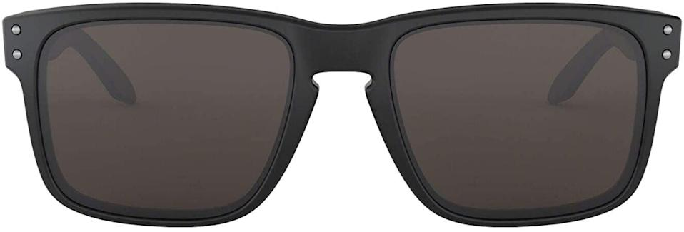 <p>The style of these <span>Oakley Men's Holbrook Square Sunglasses</span> ($93, originally $126) suits most face shapes.</p>