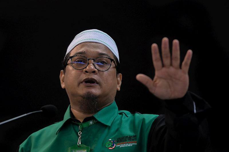 PAS central executive member Nasrudin Hassan said that the party's approach all this while has been one of dakwah, courteously approaching all who wish it and are willing to be approached. — Picture by Mukhriz Hazim
