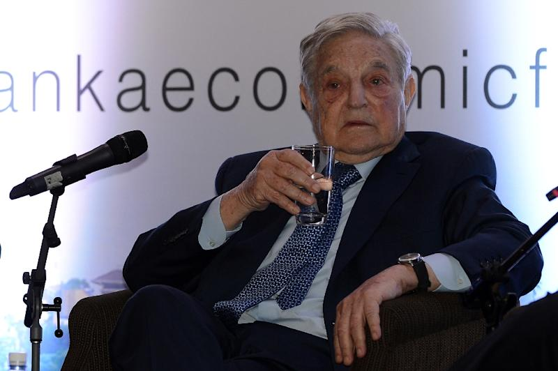 Hungarian-born US magnate and philanthropist George Soros attends an economic forum in Colombo on January 7, 2016 (AFP Photo/LAKRUWAN WANNIARACHCHI)