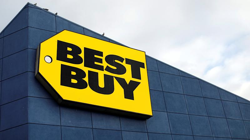 Best Buy Sorry For Texas Store Selling $43 Bottled Water During Harvey