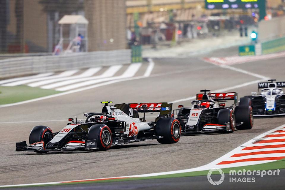 """Kevin Magnussen, Haas VF-20, Pietro Fittipaldi, Haas F1 Haas VF-20, Jack Aitken, Williams FW43<span class=""""copyright"""">Andy Hone / Motorsport Images</span>"""