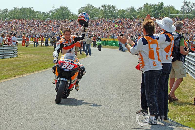 "Nicky Hayden<span class=""copyright"">Gold and Goose / Motorsport Images</span>"