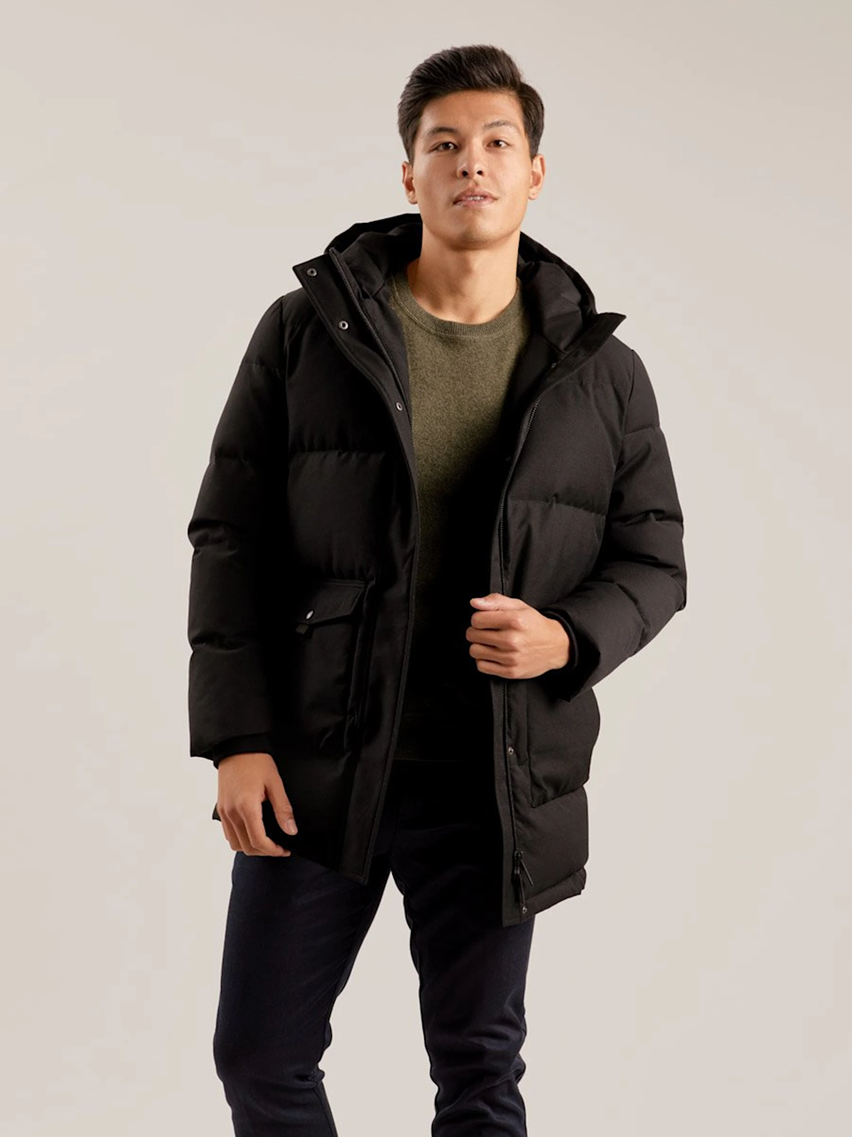 """When in doubt, go with a functional gift. Italic's parka is made in the same factory as brands like The Arrivals and Canada Goose. You're essentially getting a luxury quality product for a fraction of the price. <br><br><strong>Italic</strong> Mercer Parka, $, available at <a href=""""https://go.skimresources.com/?id=30283X879131&url=https%3A%2F%2Fitalic.com%2Fproducts%2Fmercer-parka%3FColor%3DBlack"""" rel=""""nofollow noopener"""" target=""""_blank"""" data-ylk=""""slk:Italic"""" class=""""link rapid-noclick-resp"""">Italic</a>"""