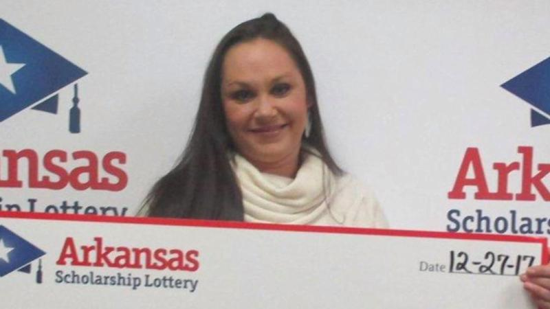 Woman Takes Off After Cashing In $300,000 Lottery Ticket Her 'Best Friend' Says They Planned to Split