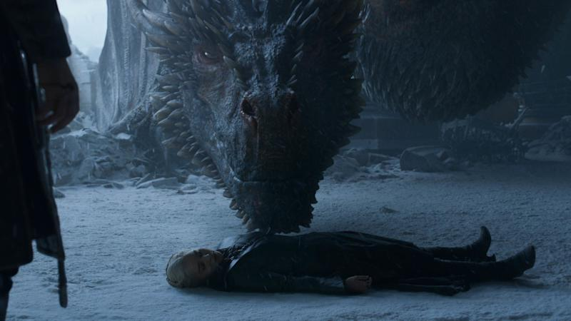 Drogon mourns his mom (Emilia Clarke) in 'Game of Thrones' (Photo: HBO)